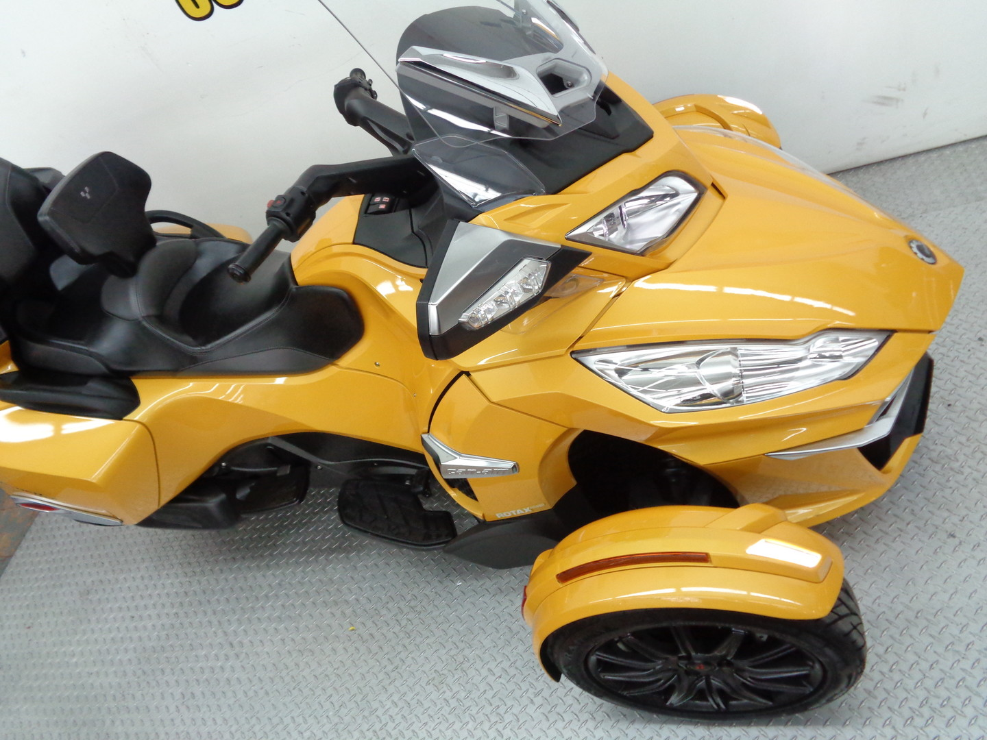 Trade In Value On A Can Am Spyder Upcomingcarshq Com
