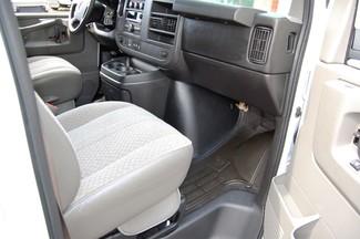 2014 Chevrolet 15 Pass LT Charlotte, North Carolina 6