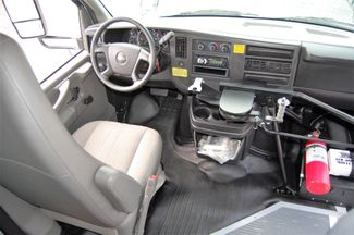 2014 Chevrolet 15 Pass. Mini Bus Charlotte, North Carolina 20