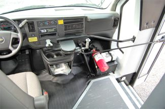 2014 Chevrolet 15 Pass. Mini Bus Charlotte, North Carolina 21