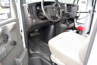 2014 Chevrolet 15 Pass. Mini Bus Charlotte, North Carolina 4