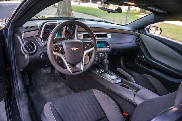 2014 Chevrolet Camaro LS Reseda, CA 13
