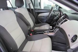 2014 Chevrolet Cruze LS Chicago, Illinois 9