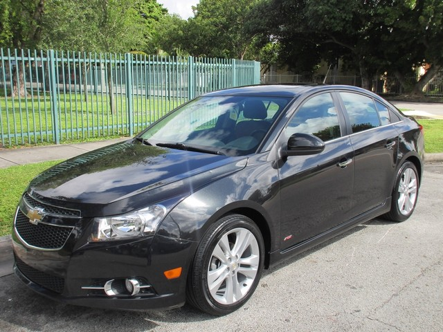 2014 Chevrolet Cruze LTZ Come and visit us at oceanautosalescom for our expanded inventoryThis o