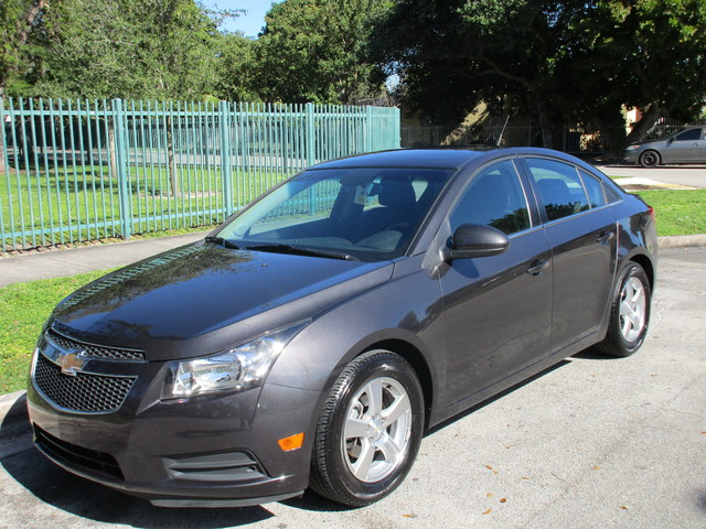 2014 Chevrolet Cruze 2LT Come and visit us at oceanautosalescom for our expanded inventoryThis o