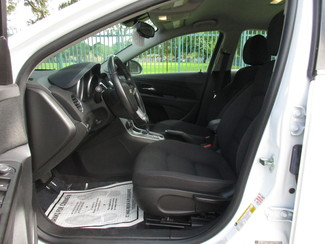 2014 Chevrolet Cruze 1LT Miami, Florida 9