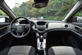 2014 Chevrolet Cruze LS Naugatuck, Connecticut 14