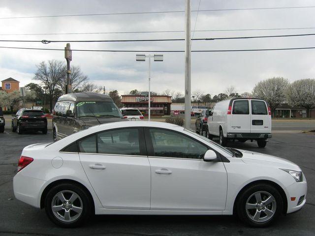 2014 Chevrolet Cruze LT Richmond, Virginia 4