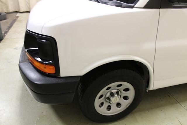 2014 Chevrolet Express Cargo Van AWD AWD Roscoe, Illinois 8