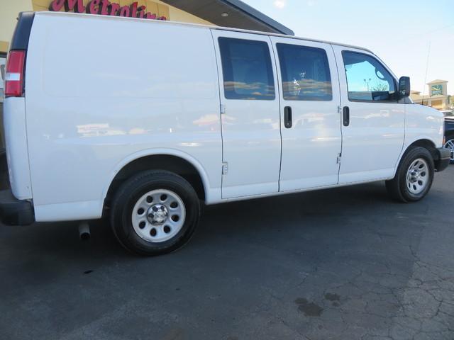 2014 Chevrolet Express Cargo Van Charlotte-Matthews, North Carolina 5