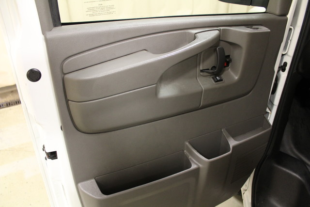 2014 Chevrolet Express Cargo Van AWD AWD Roscoe, Illinois 21