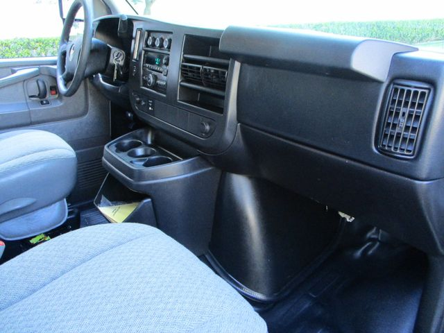 2014 Chevrolet G3500 express van KUV by Knapheide Plano, Texas 28