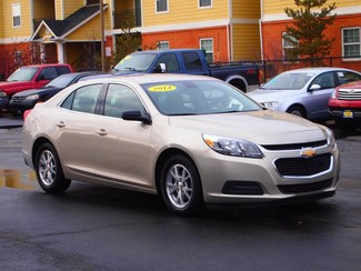 2014 Chevrolet Malibu LS | Champaign, Illinois | The Auto Mall of Champaign in  Illinois
