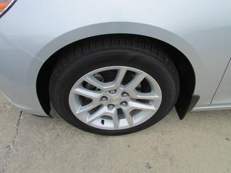 2014 Chevrolet Malibu LT Fremont, Ohio 4