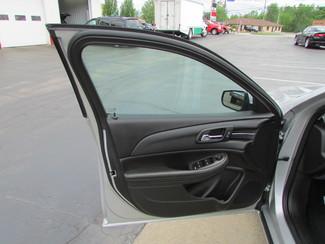 2014 Chevrolet Malibu LT Fremont, Ohio 5