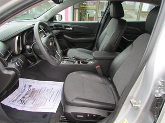 2014 Chevrolet Malibu LT Fremont, Ohio 6
