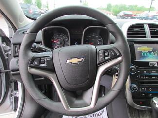 2014 Chevrolet Malibu LT Fremont, Ohio 7