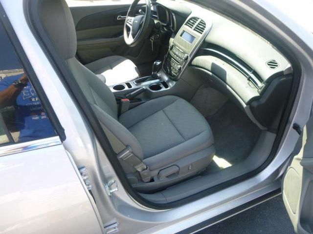 2014 Chevrolet Malibu LS Richmond, Virginia 6