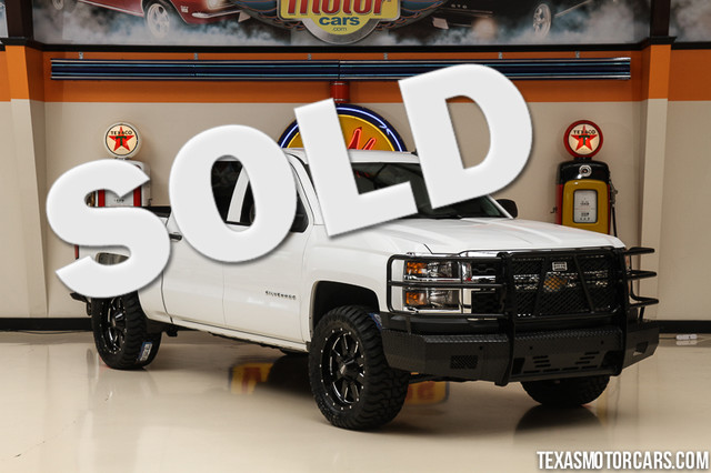 2014 Chevrolet Silverado 1500 4x4 This Carfax 1-Owner 2014 Chevrolet Silverado 1500 4x4 is in grea