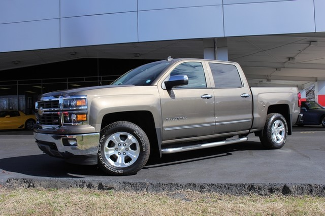 2014 Chevrolet Silverado 1500 LTZ Crew Cab 4X4 Z71 - HEATED LEATHER! Mooresville , NC 38