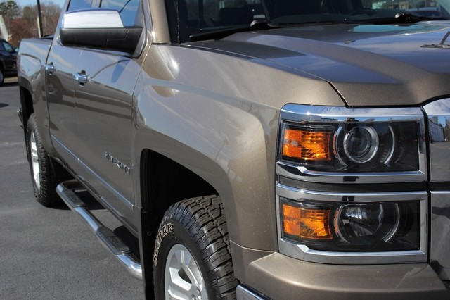2014 Chevrolet Silverado 1500 LTZ Crew Cab 4X4 Z71 - HEATED LEATHER! Mooresville , NC 24