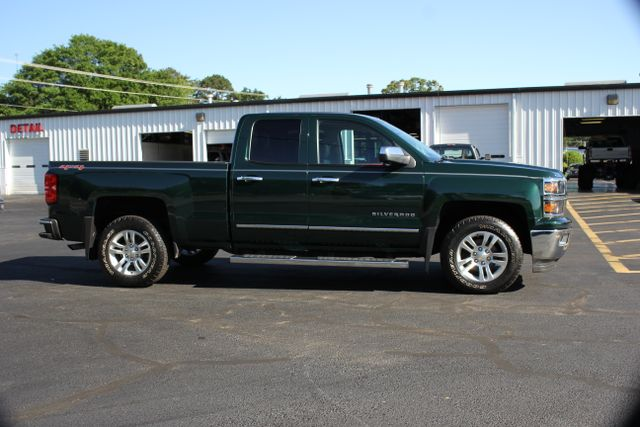 2014 Chevrolet Silverado 1500 LTZ Double Cab 4x4 - HEATED LEATHER BUCKETS! Mooresville , NC 10