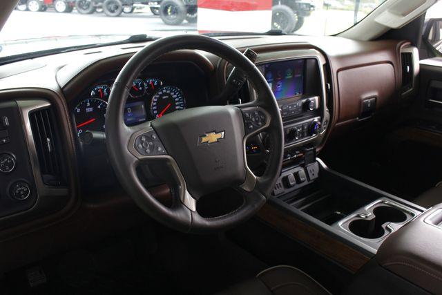 2014 Chevrolet Silverado 1500 High Country Premium Edition Crew Cab 4x4 Mooresville , NC 31