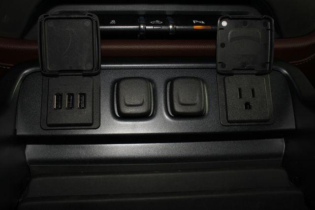 2014 Chevrolet Silverado 1500 High Country Premium Edition Crew Cab 4x4 Mooresville , NC 38