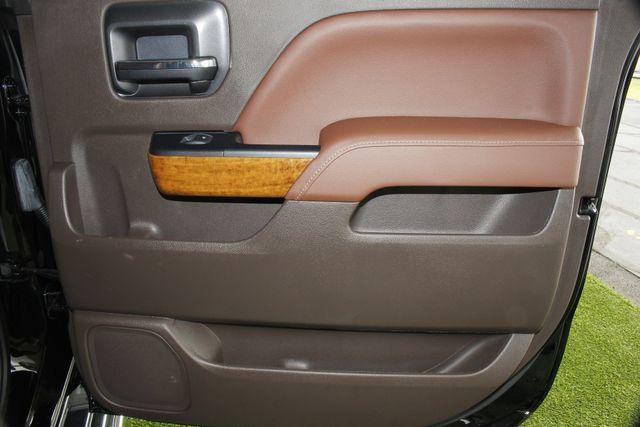 2014 Chevrolet Silverado 1500 High Country Premium Edition Crew Cab 4x4 Mooresville , NC 42