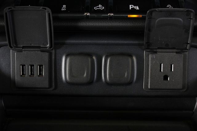 2014 Chevrolet Silverado 1500 LTZ PLUS Crew Cab 4x4 Z71 - NAVIGATION - SUNROOF! Mooresville , NC 37