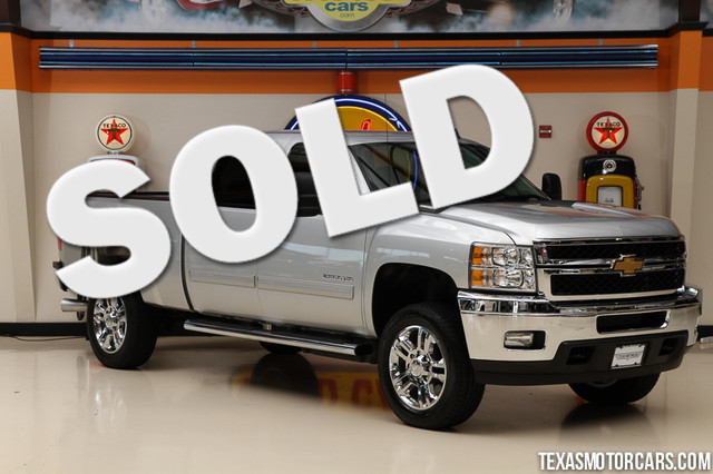 2014 Chevrolet Silverado 2500HD LT This Carfax 1-Owner 2014 Chevrolet Silverado 2500HD LT is in gr