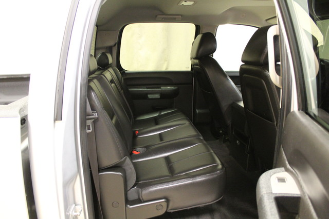 2014 Chevrolet Silverado 2500HD LT Roscoe, Illinois 21