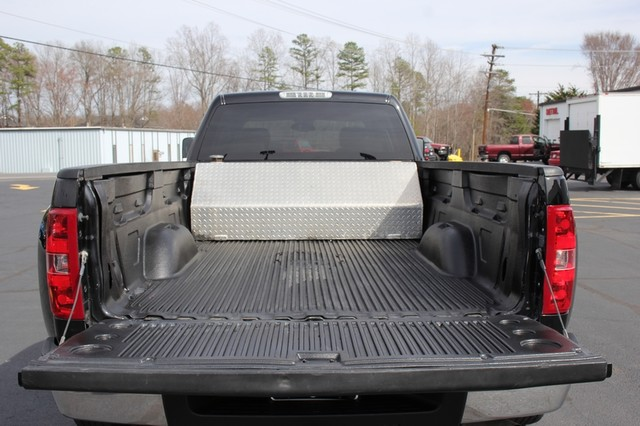2014 Chevrolet Silverado 3500HD LTZ PLUS Crew Cab Long Bed 4x4 - NAVIGATION! Mooresville , NC 16