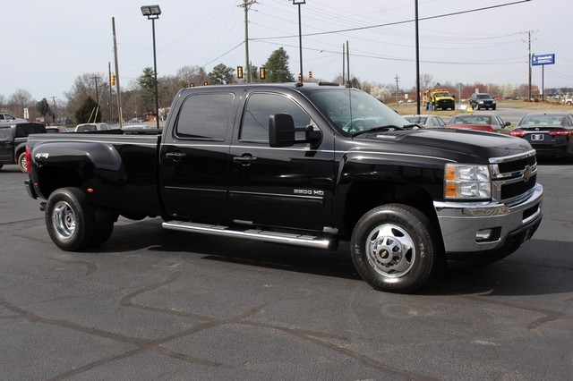 2014 Chevrolet Silverado 3500HD LTZ PLUS Crew Cab Long Bed 4x4 - NAVIGATION! Mooresville , NC 19