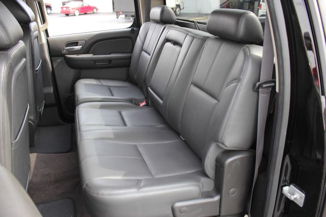 2014 Chevrolet Silverado 3500HD LTZ PLUS Crew Cab Long Bed 4x4 - NAVIGATION! Mooresville , NC 9