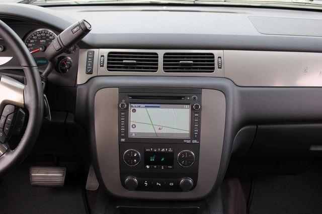 2014 Chevrolet Silverado 3500HD LTZ PLUS Crew Cab Long Bed 4x4 - NAVIGATION! Mooresville , NC 8