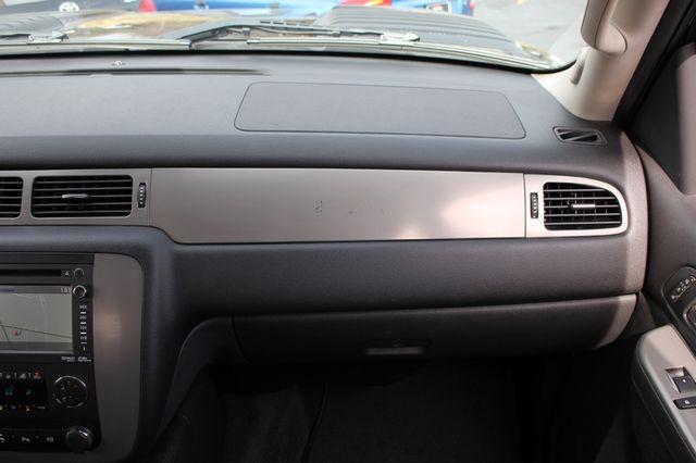 2014 Chevrolet Silverado 3500HD LTZ PLUS Crew Cab Long Bed 4x4 - NAVIGATION! Mooresville , NC 4