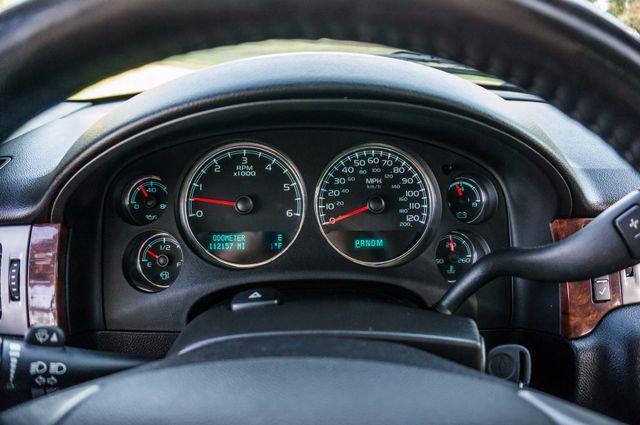 2014 Chevrolet Suburban LT Reseda, CA 16