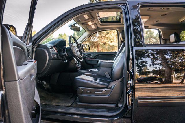 2014 Chevrolet Suburban LT Reseda, CA 37