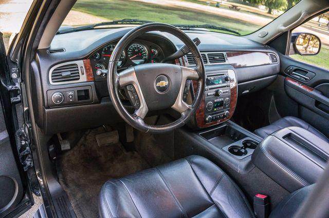 2014 Chevrolet Suburban LT Reseda, CA 15