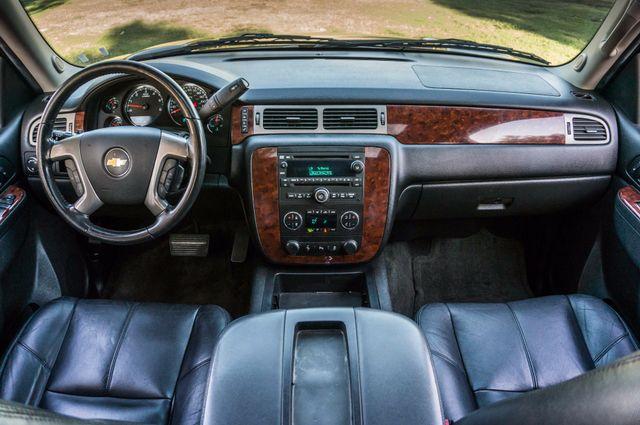 2014 Chevrolet Suburban LT Reseda, CA 18
