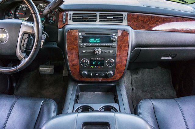 2014 Chevrolet Suburban LT Reseda, CA 24