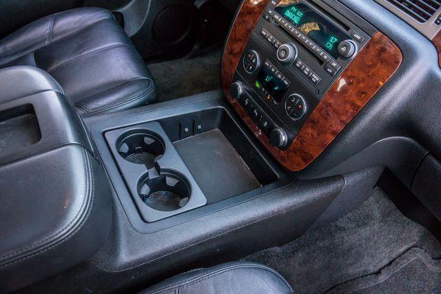 2014 Chevrolet Suburban LT Reseda, CA 27