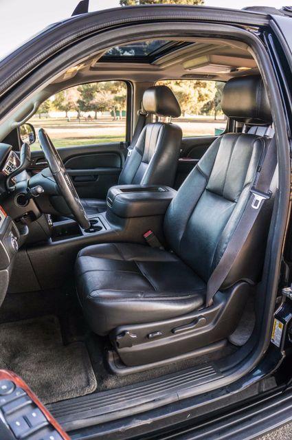 2014 Chevrolet Suburban LT Reseda, CA 28