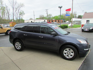 2014 Chevrolet Traverse LS Fremont, Ohio 2
