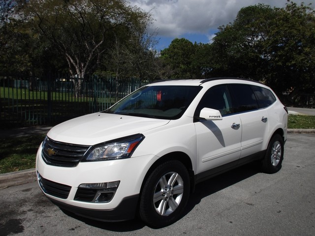 2014 Chevrolet Traverse LT Come and visit us at oceanautosalescom for our expanded inventoryThis