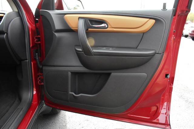 2014 Chevrolet Traverse 2LT-AWD-3RD ROW- Mooresville , NC 25