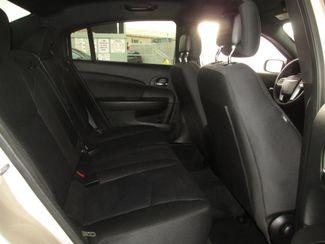 2014 Chrysler 200 Touring Gardena, California 12
