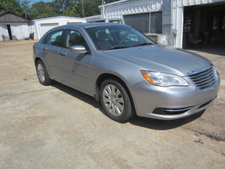 2014 Chrysler 200 LX Houston, Mississippi