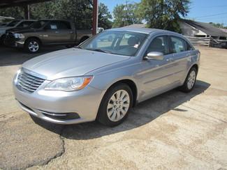 2014 Chrysler 200 LX Houston, Mississippi 1